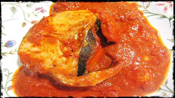 Recetas Dukan con Tomates Secos:  Merluza en salsa de tomates