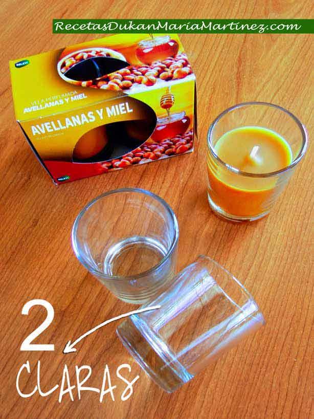 ¿Cómo mido las claras para una receta? Opción 3: usando el vasito de una vela pequeña de Mercadona (1 vasito = 70 ml = 2 claras)